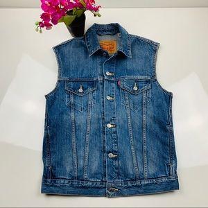Levi's Jean Vest size Med